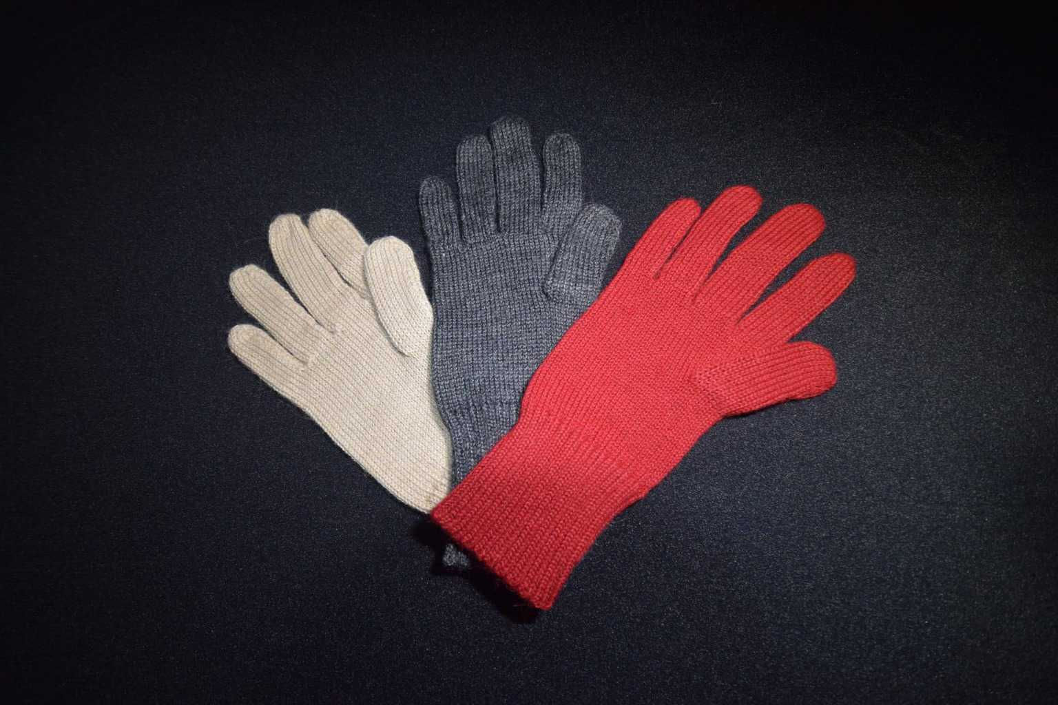 KUBI Alpaca gloves 1