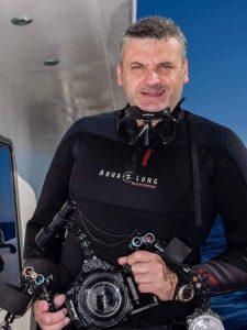 Emperor Divers 2
