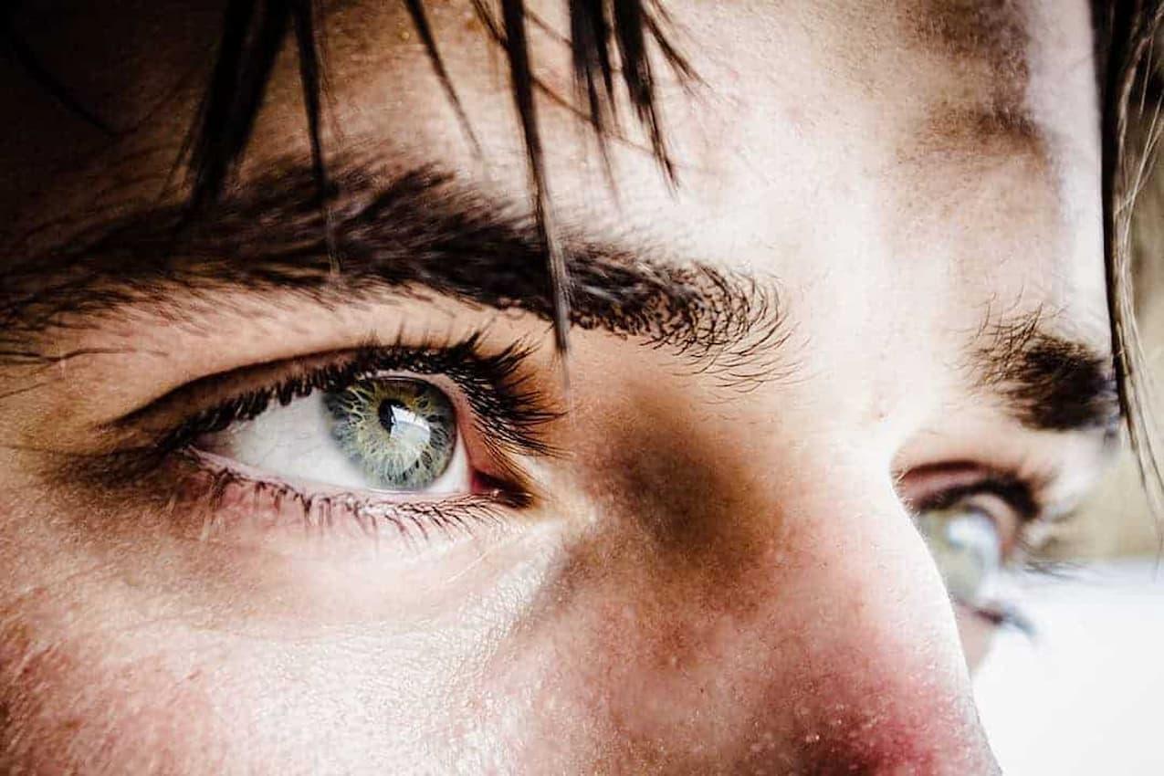 Medical-QandA-eyes