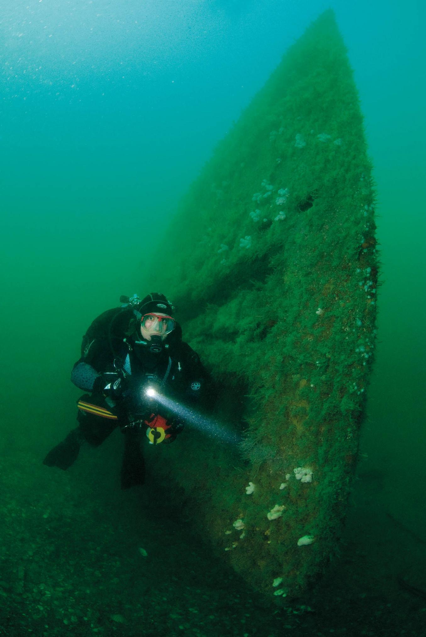 M2 Submarine 1