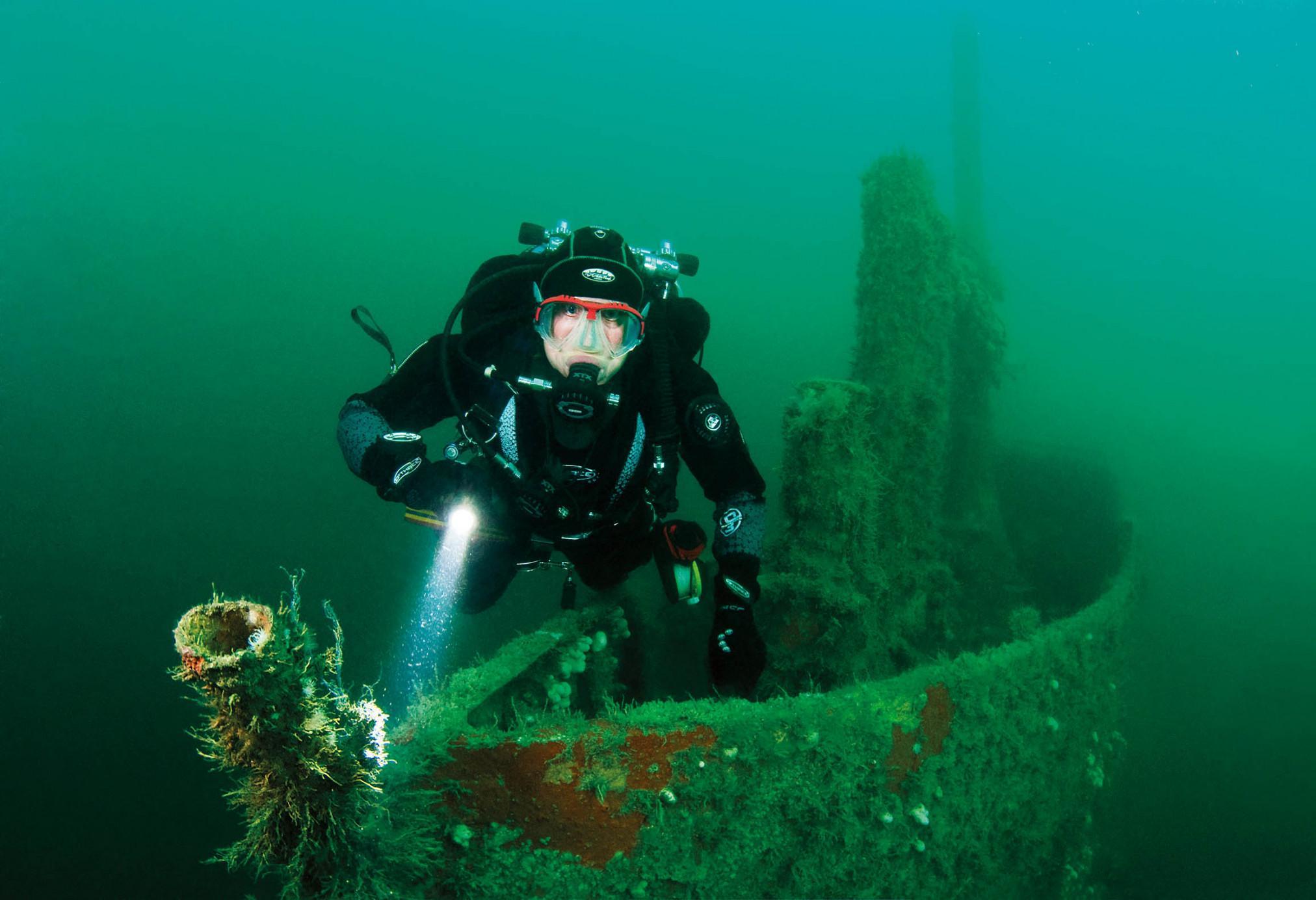M2 Submarine 3