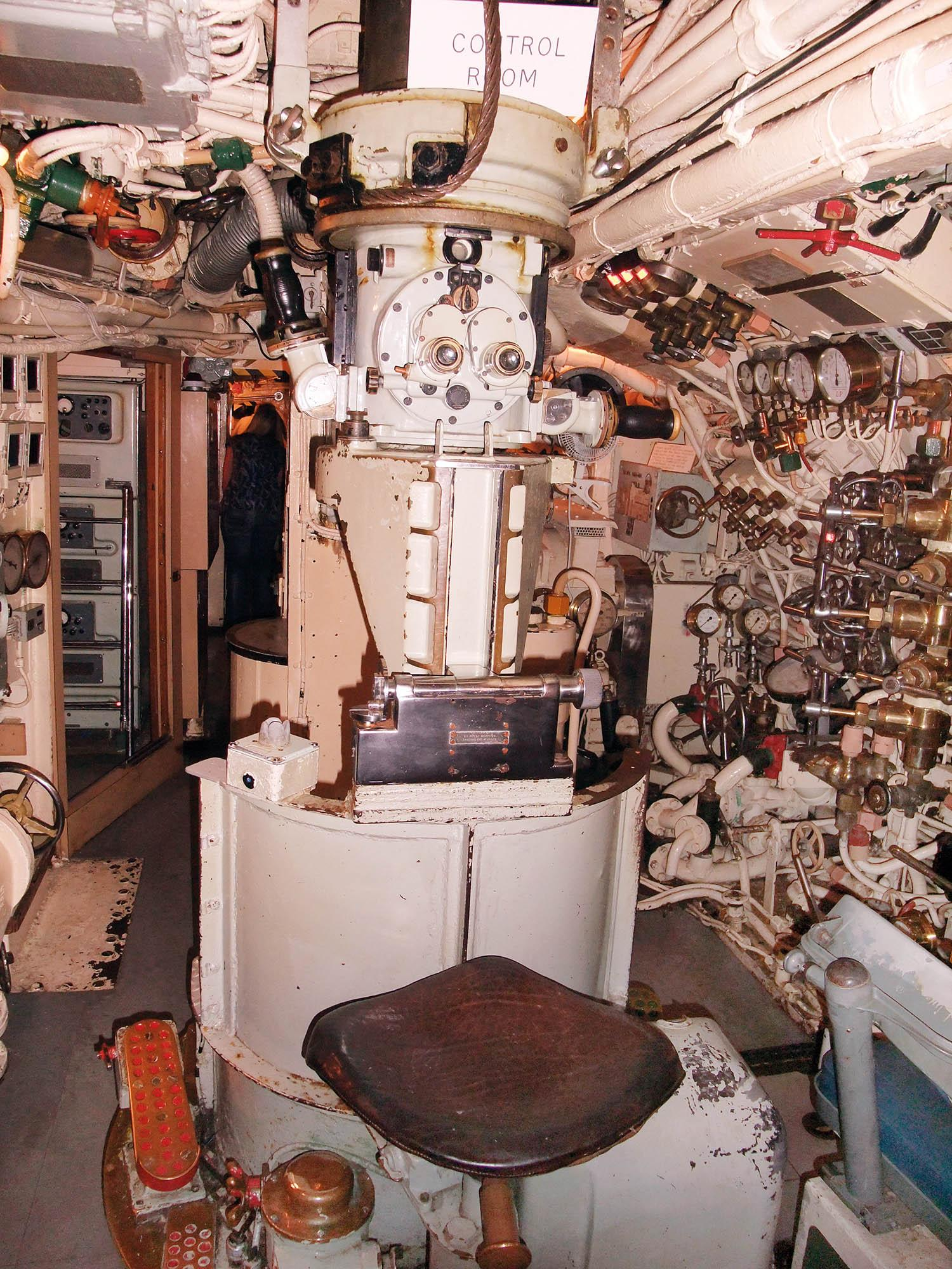 M2 Submarine 6