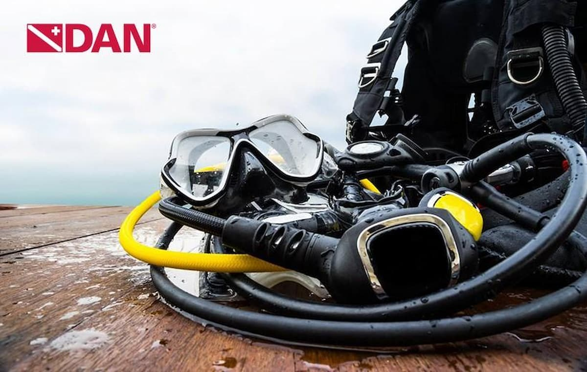 Dive Operators to Disinfect Gear