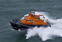 kirkwall-severn-class-lifeboat-TERRY-MOONEY