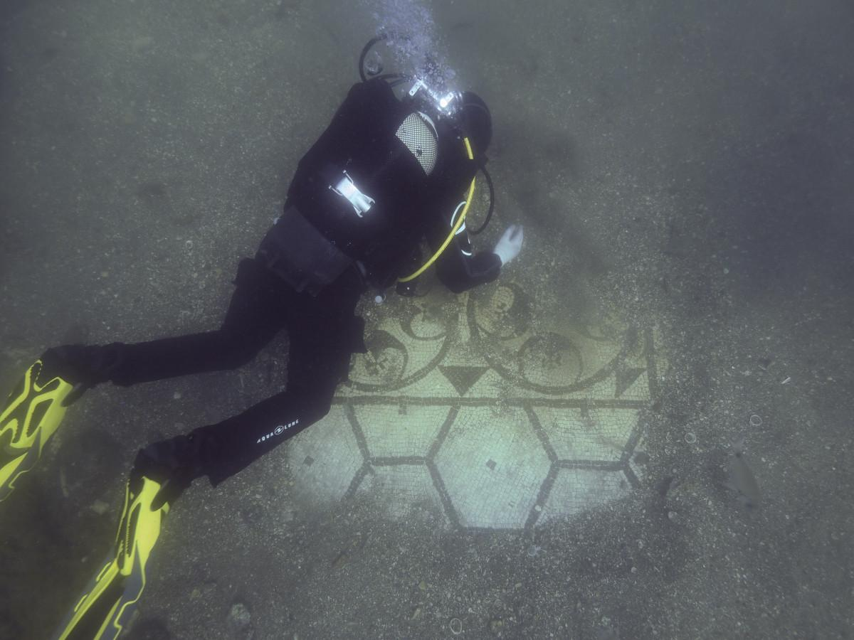 The Atlantis of Italy - A Dive into History