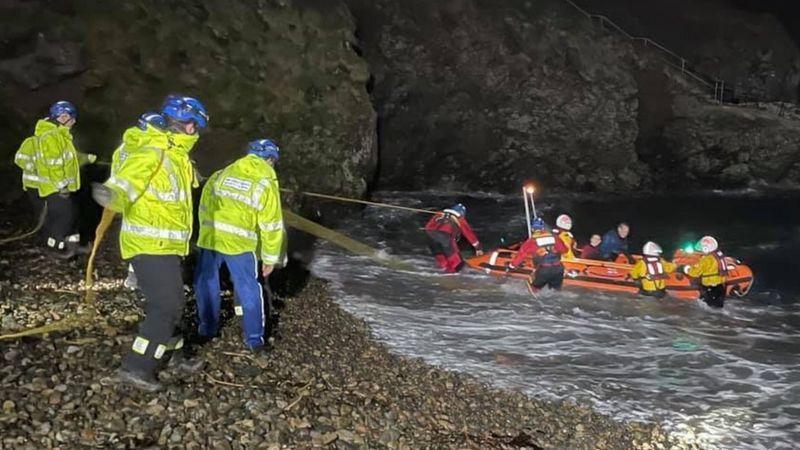 Lost Pembrokeshire divers rescue