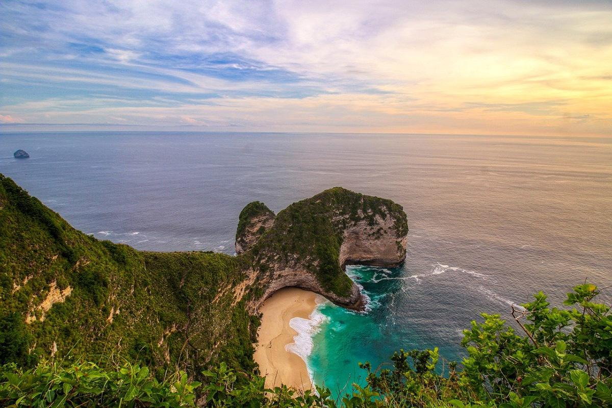 8 of the Best Beaches in Indonesia