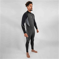 Xenos 7mm wetsuit by Fourth Element