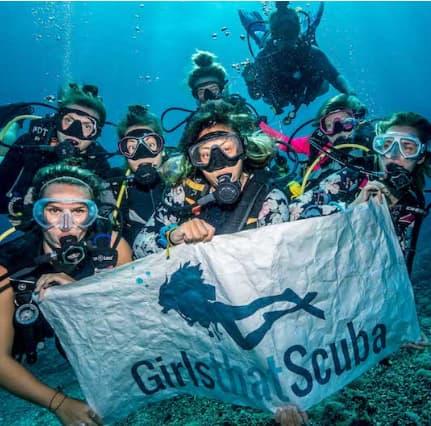 Girls That Scuba Divers