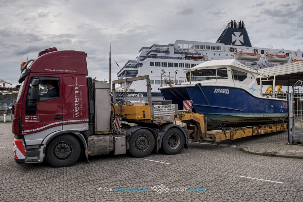 Healthy Seas and Ghost Diving buy their first boat