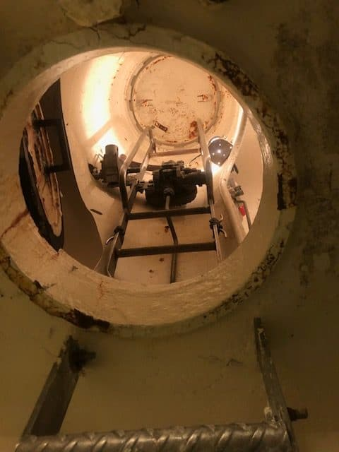 The access area to the two-person escape chamber (SETT)