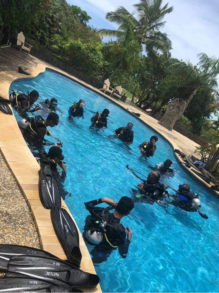 Volivoli Beach Resort FIJI day 1 pool session