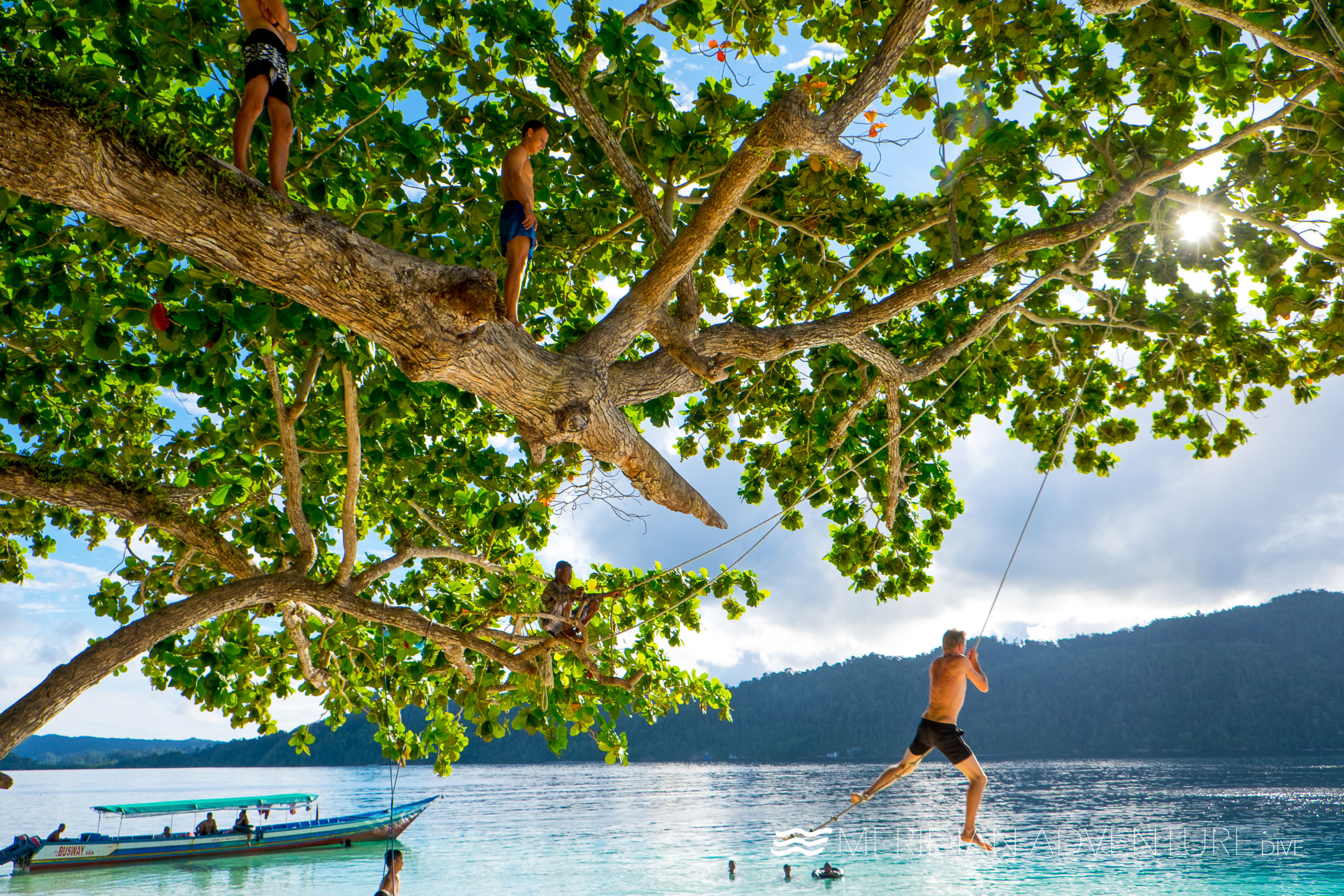 Meridian Adventure Dive Bring you Homestay Experiences to Dive Raja Ampat!