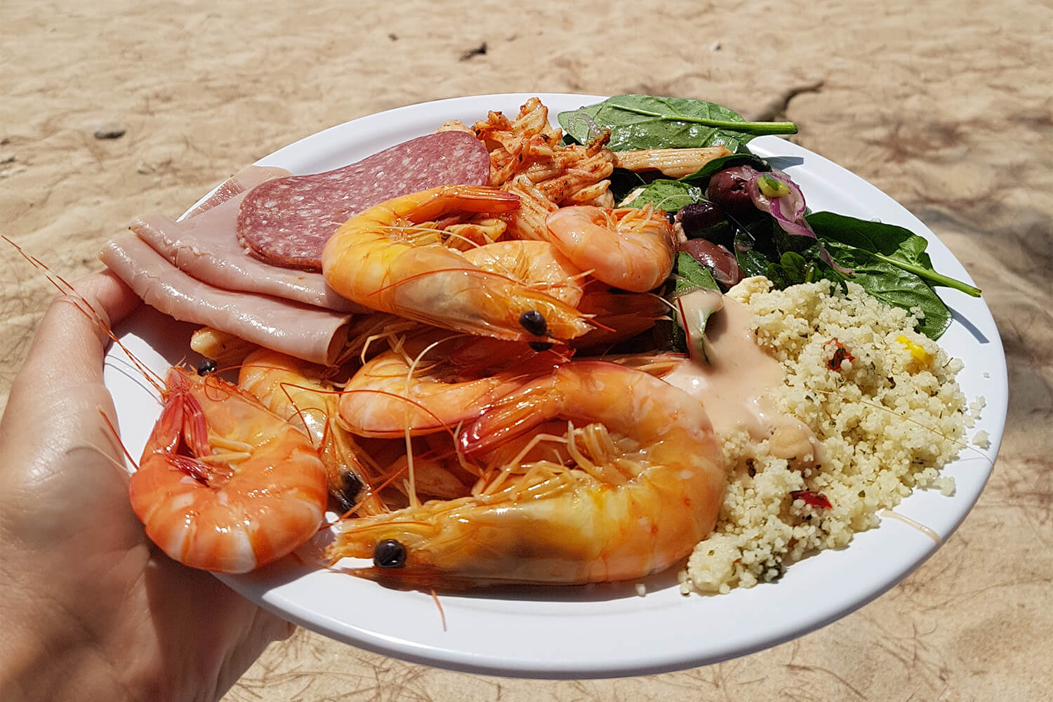 Frankland Islands - Buffet lunch on the beach