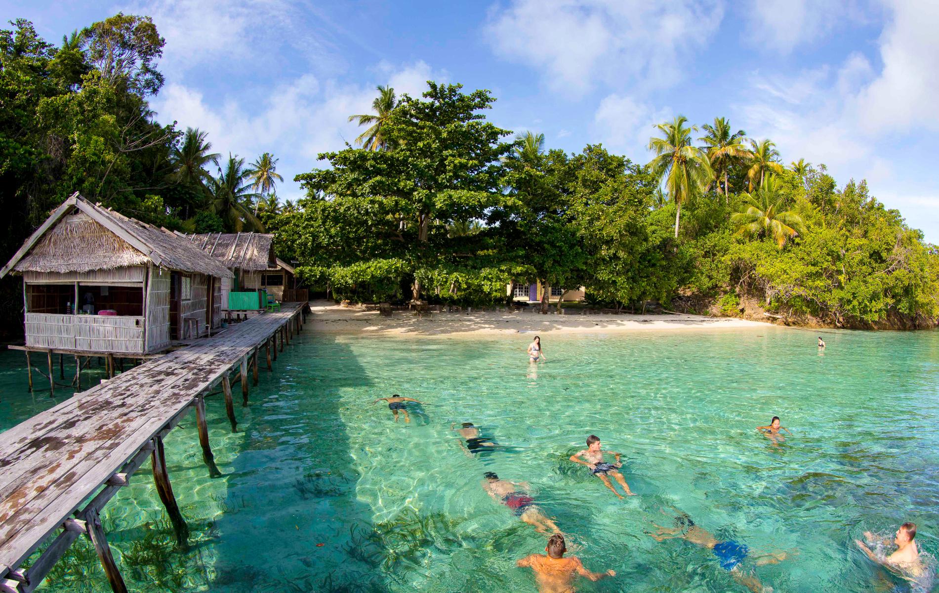 Dive Raja Ampat - Meridian Adventure Dive Homestay Experience.