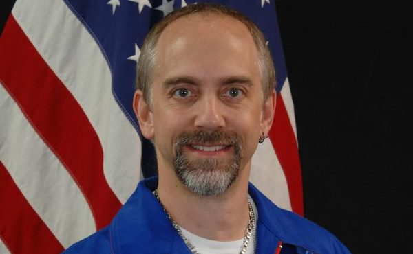 Richard Garriott makes history with Marianas Trench dive