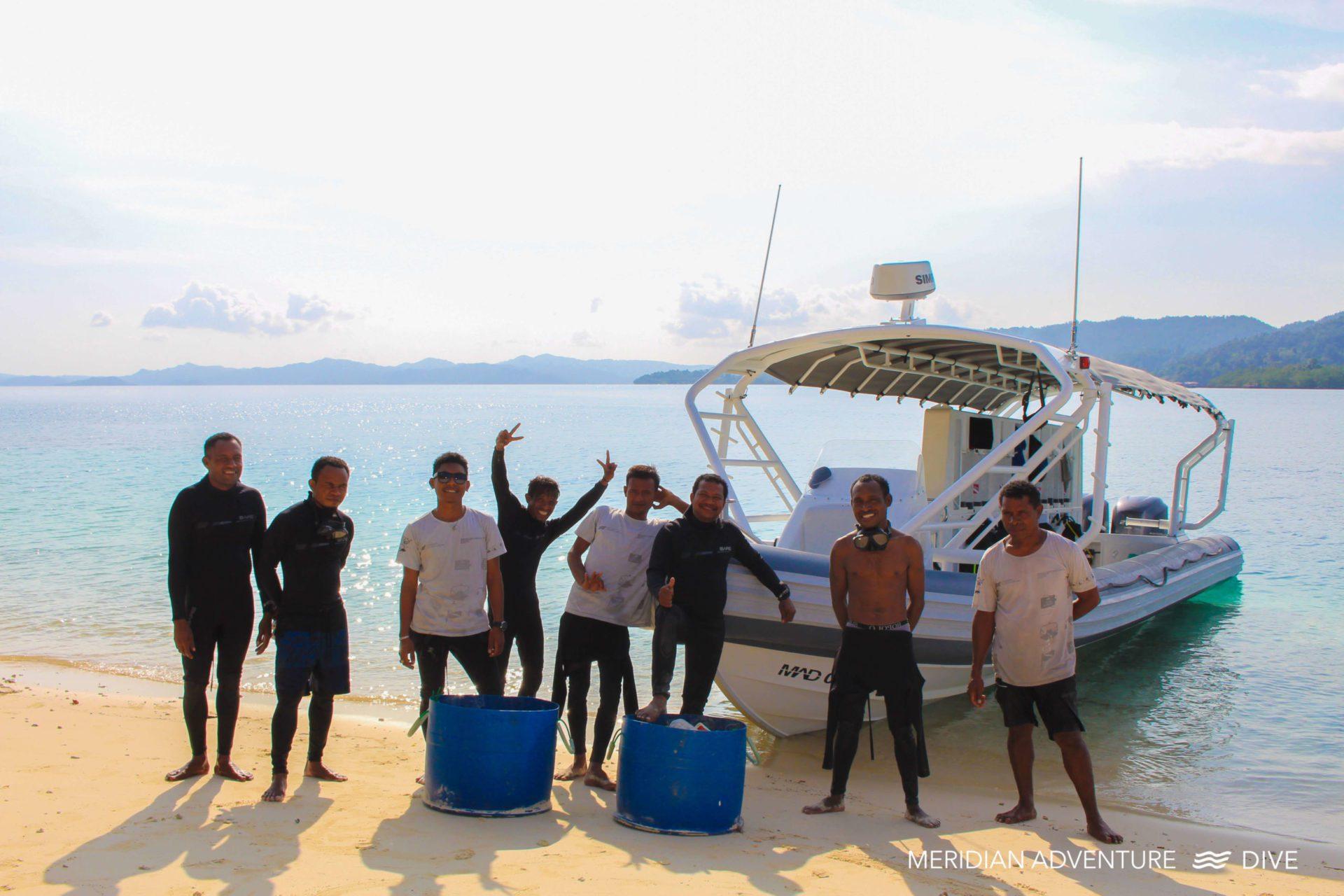 Meridian Adventure Dive Host Mass Beach Clean-up