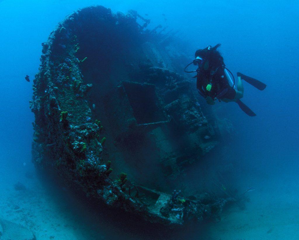wreck diving 2