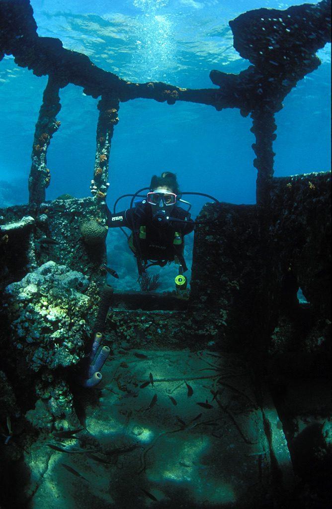 wreck diving 6