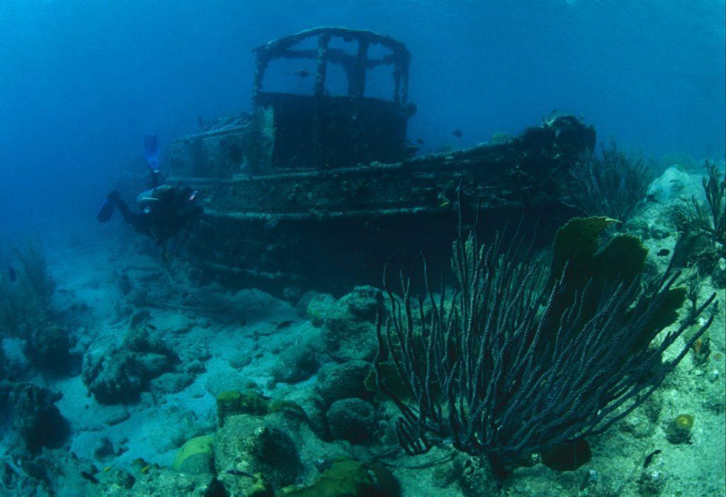 wreck diving 18